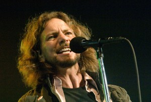 Eddie Vedder Singing